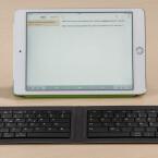 Microsoft und Apple: Im Falle des Microsoft Universal Foldable Keyboard...
