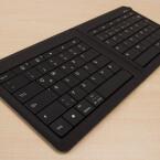 ...eine harmonische Kombination. Denn das faltbare Keyboard verbindet sich sowohl mit Windows- als auch mit Apple-Geräten. Und natürlich...