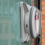 Der Winbot 9, vom Hersteller auch als W930 bezeichnet, ist ein Fensterreinigungs-Roboter des chinesischen Herstellers Ecovacs.