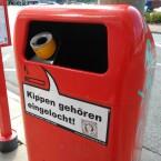 Mülleimer in der Großen Elbstraße.