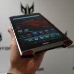 Das 8-Zoll-Format erlaubt es, dass Tablet locker in einer Hand zu halten.