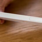 Der Rahmen des Sony Xperia Z5 Compact besteht aus Kunststoff.