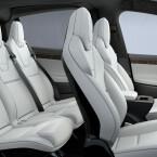 Auf Wunsch gibt es das Model X mit sechs oder sieben Sitzen.