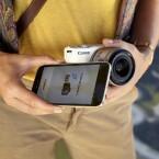 Über Wi-Fi und Dynamic NFC kann die Canon EOS M10 mit einem Smartphone oder Tablet verbunden werden.