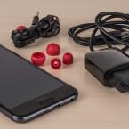Der Lieferumfang des HTC One A9 im Überblick.