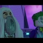 Wenn Saruman sich mit dem Joker und Lex Luther zusammen tut, kann es nur genial werden.