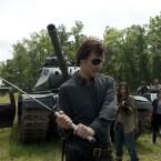 """Staffel 4 - Episode 8 """"Kein Zurück"""": Good by Hershel. Das Familienoberhaupt der Greens wird vom Governor enthauptet."""