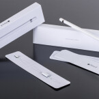 Jede Menge aufpreispflichtiges Zubehör. Zum Lieferumfang gehört lediglich ein Netzteil und ein Lightning-Kabel. Der Apple Pencil...