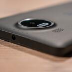 Auf der Rückseite weist das Microsoft Lumia 950 XL eine 20-Megapixel-PureView-Kamera auf.