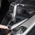 BMW nennt diese Auto eDrive, Max eDrive und Save Battery.