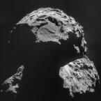 Anfang August erreichte die Raumsonde Rosetta nach zehn Jahren Flugzeit den Kometen 67P/Churyumov-Gerasimenko. (Bild: ESA)