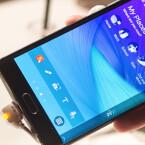 Das Edge-Display des Galaxy Note Edge löst in QHD auf. (Bild: netzwelt)