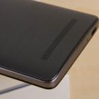 Das ZTE Blade V220 bietet an der Unterseite einen microUSB-Anschluss.
