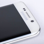 Die Frontkamera des Galaxy S6 Edge wurde für Low-Light-Aufnahmen optimiert.