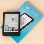 Die Tolino-Allianz liefert ihre E-Reader in einer kleinen Pappschachtel aus.