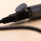 Geladen wird der Stift über USB.