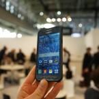 Das Display liegt beim Galaxy Xcover 3 etwas vertieft im Gehäuse.