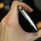 An der Oberseite des LG G4c bietet das Smartphone einen Kopfhöreranschluss.
