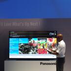 Der Panasonic XW944 ist mit einer Größe von 85 Zoll das Premium-Modell des Hauses.