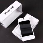 Wer ein 16-Gigabyte-Modell des iPhone 4s bei reBuy und Co. in Zahlung gibt, erhält für das inzwischen über zwei Jahre alte Smartphone noch rund 226 Euro. (Bild: netzwelt)