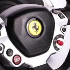 Mit dem Ferrari-Lenkrad Ferrari fahren: So schön kann das Leben sein.