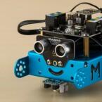 Der mBot lässt sich auch über Bluetooth bedienen.