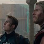Donnergott Thor und Captain America wirken nachdenklich.