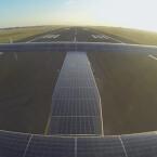 17.248 Solarzellen befinden sich auf dem Dacht der Solar Impulse 2.