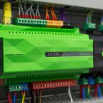Loxone Miniserver: eine wichtige Komponente dieses Smart Home.