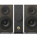 Der CAS-1 ist eines der neuen Sony HiRes-Systeme auf der IFA und besteht aus einem Hauptteil und zwei Lautsprechern. Die Anlage kann HiRes-Audioformate wie FLAC oder WAV wiedergeben und ist ab November für 849 Euro zu haben.
