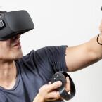 Mit dem Motion-Controller Oculus Touch werden Handbewegungen in den virtuellen Raum übertragen.
