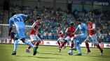 Aguero beim Dribbling. (Bild: EA Sports)