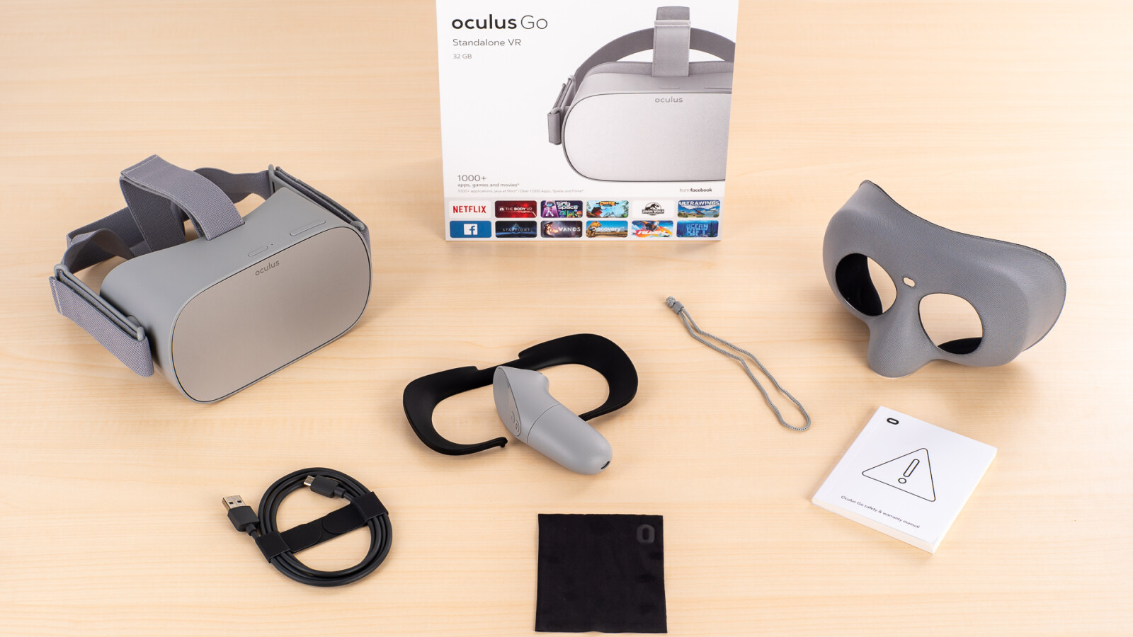 9d28532ef5c Oculus Go in the test  VR glasses without a slot and cable for smartphone