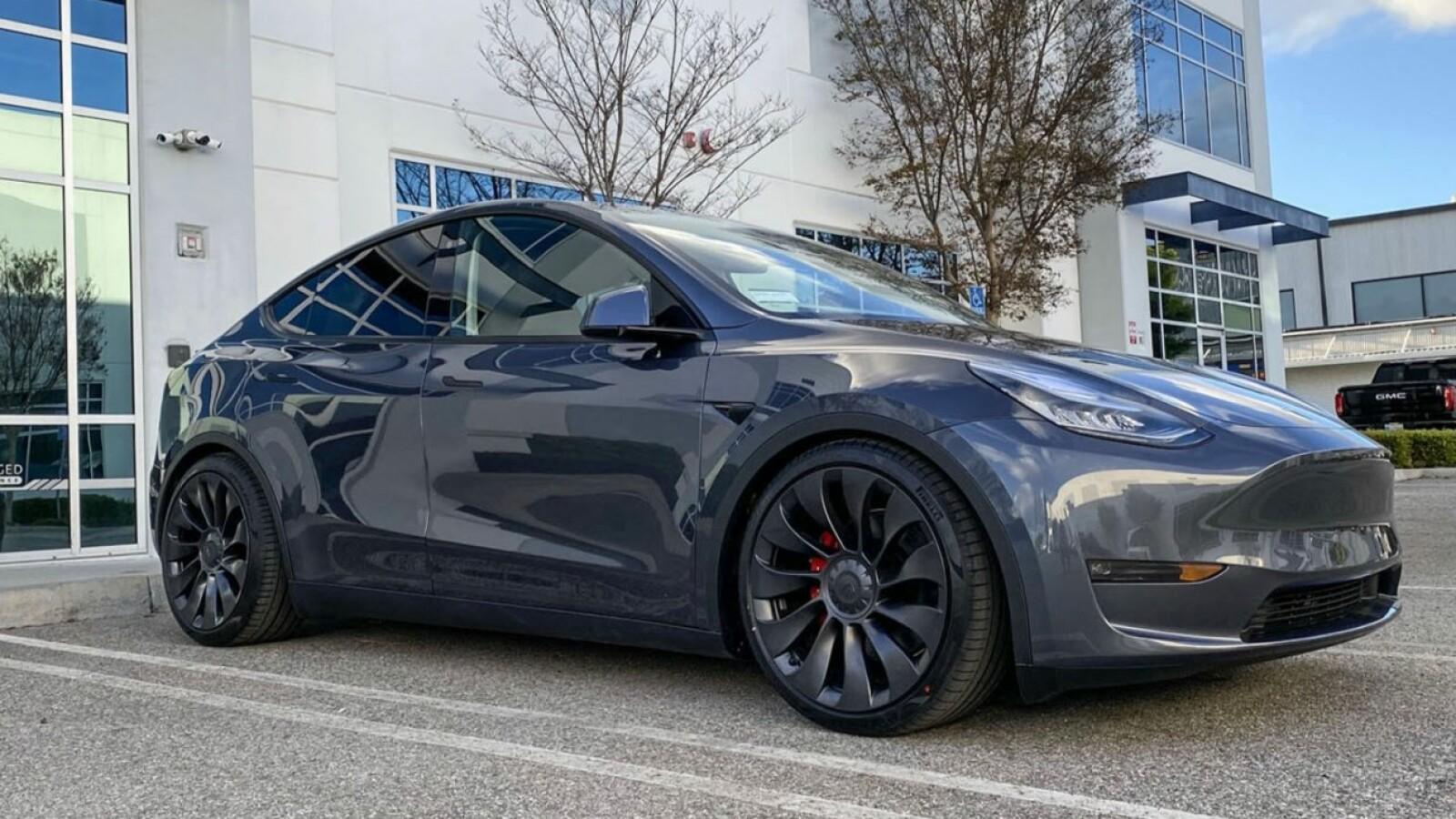 """Tesla Model Y vor dem Aus: """"Reichweite zu gering"""""""