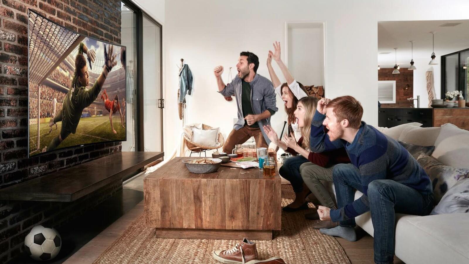 fussball kurzdistanzbeamer audio netzwelt. Black Bedroom Furniture Sets. Home Design Ideas
