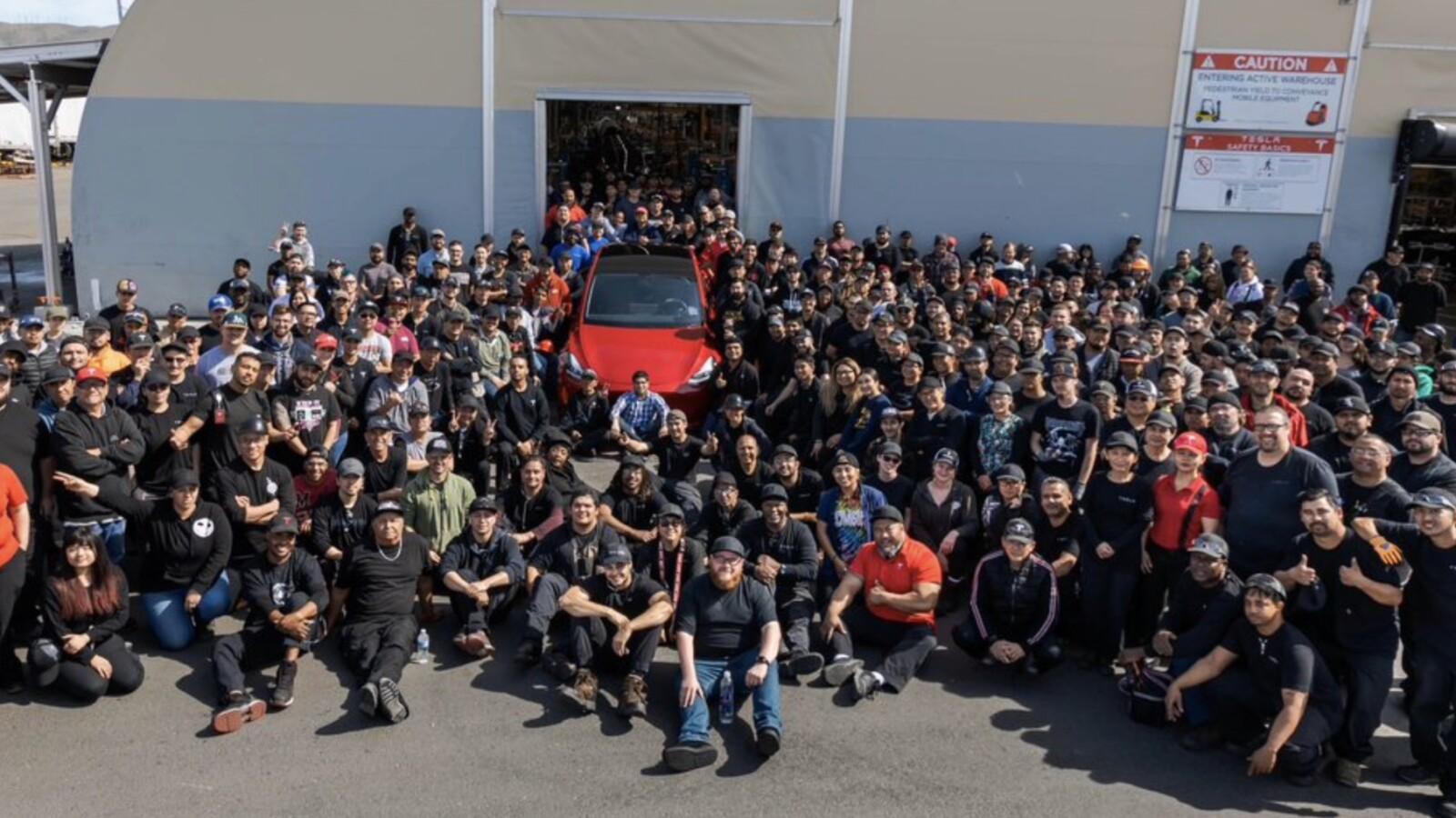 Tesla: US-Arbeiter verlassen aus Sorge vor Ansteckung Deutschland