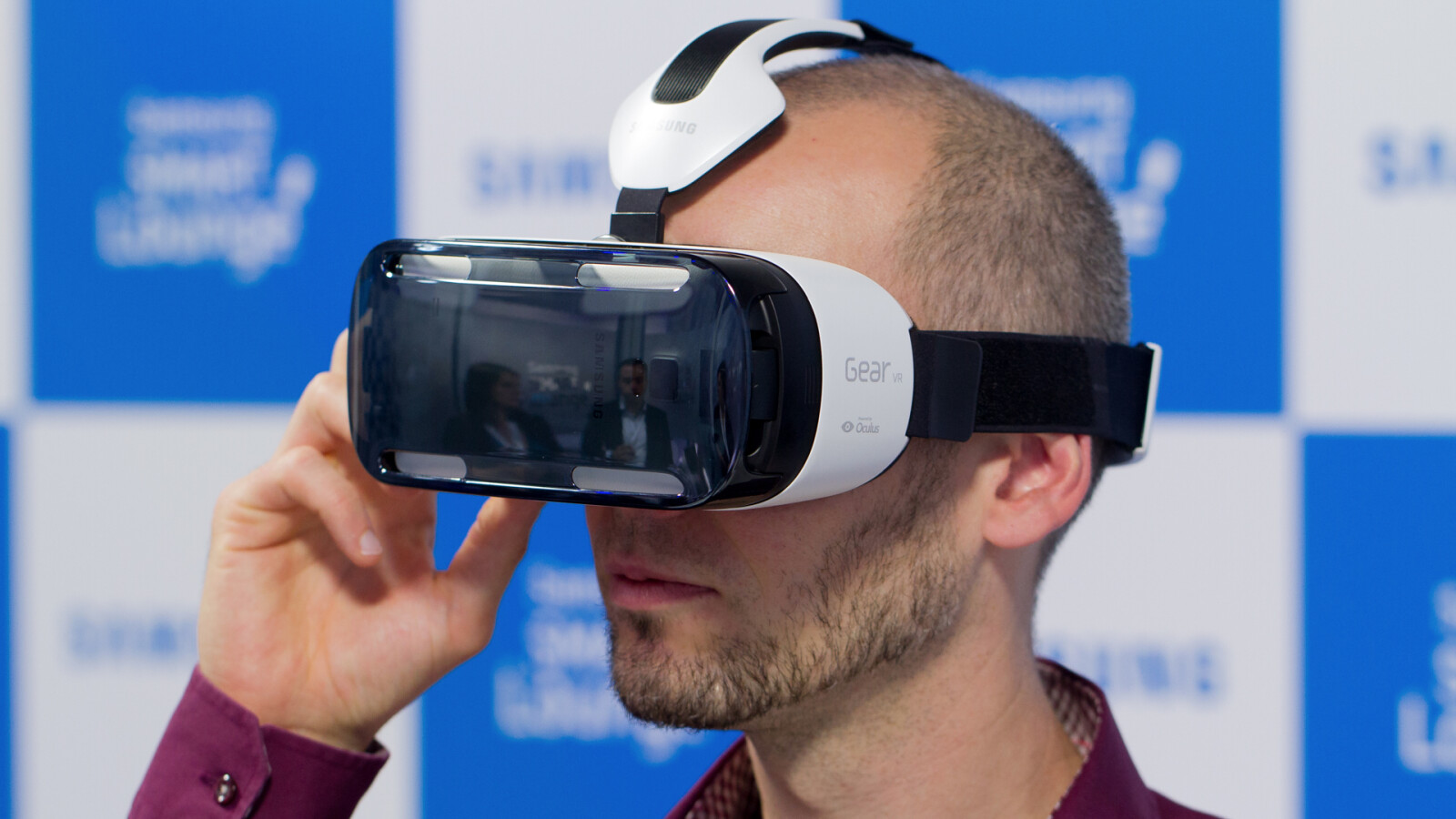 Samsung Gear Vr Im Hands On Auf Virtueller Tauchfahrt Mit Der