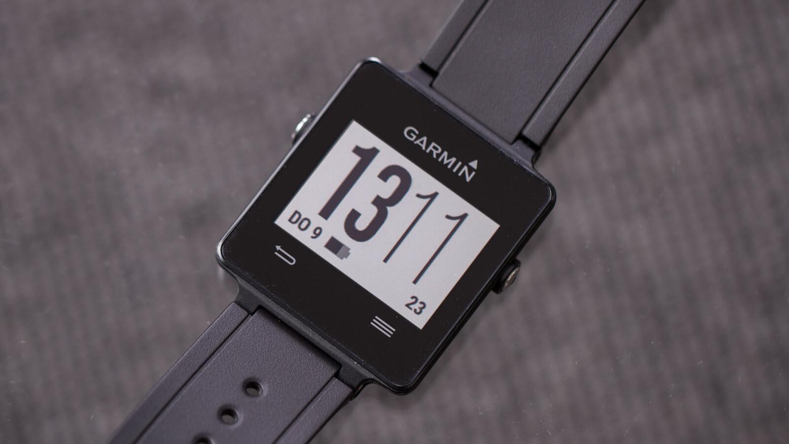 Garmin Vivoactive: Ausdauernde GPS-Smartwatch für ...
