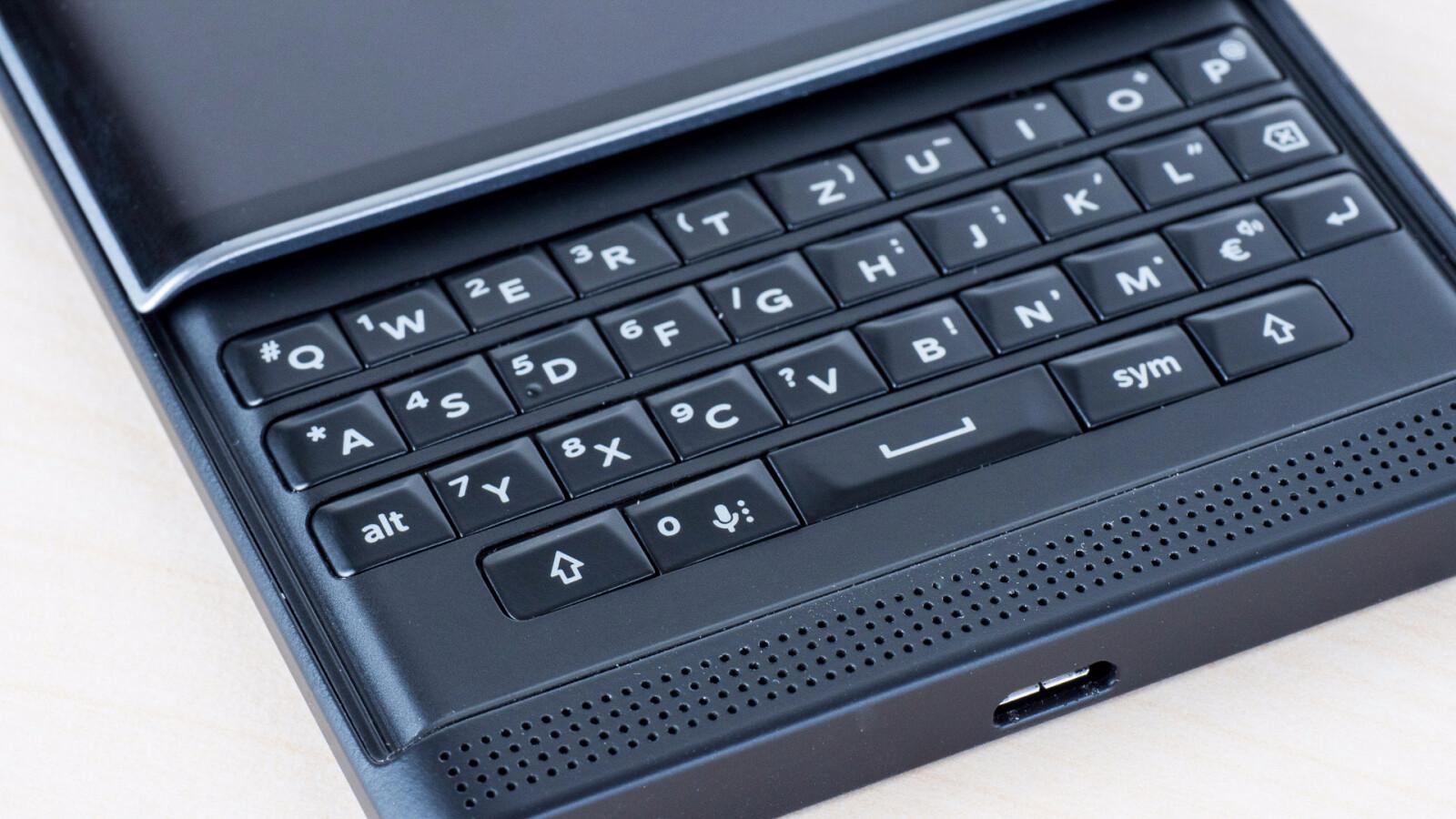 blackberry priv im unboxing android slider ausgepackt. Black Bedroom Furniture Sets. Home Design Ideas