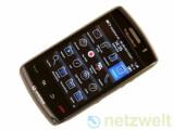Bild: RIM Blackberry Storm 2 (9520): Die Neuauflage ist äußerlich vom Storm 1 kaum zu unterscheiden.