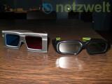 Bild: Anaglyphische Brille (links) mit roten und blauen Glas und eine Shutter-Brille.