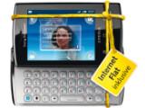 Bild: Base wirbt unter anderem mit dem Sony Ericsson Xperia X10 mini pro um neue Nutzer fürs mobile Internet.