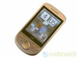 Bild: HTC Tattoo: Eine der günstigsten Möglichkeiten an ein neues Android-Handy zu gelangen.