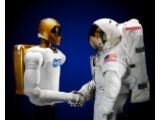 Bild: Robonaut 2: Der R2 wird als erster humanoide Roboter ins All geschickt.