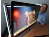 Bild: Auf den iMac von Apple wird eine Scheibe montiert