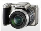 Bild: Olympus SP-800UZ: Die 14-Megapixel-Kamera hat zwei Gigabyte integrierten Speicher
