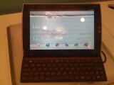 Bild: Asus Eee Pad Slider: Ungewöhnlicher Mix aus Tablet-PC und Notebook