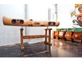 Bild: Baumstamm-Dock: Bei Bedarf wird sogar ein Plattenspieler in das iTree-Dock eingebaut.