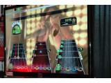 Bild: Einmal Rockstar sein: Guitar Hero macht's möglich. Doch die Musiksimulation wird eingestellt.