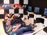 Bild: F1 2011 konnte auf der Gamescom stillecht im Simulator ausprobiert werden.